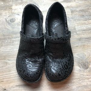 Born BOC black floral embossed Clogs